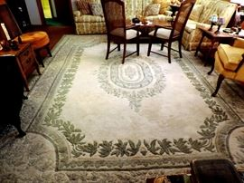CREAM AND GREEN LARGE AREA RUG