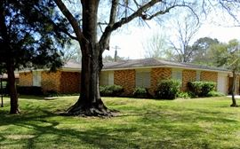 MID CENTURY BRICK RANCH ESTATE SALE HOUSE