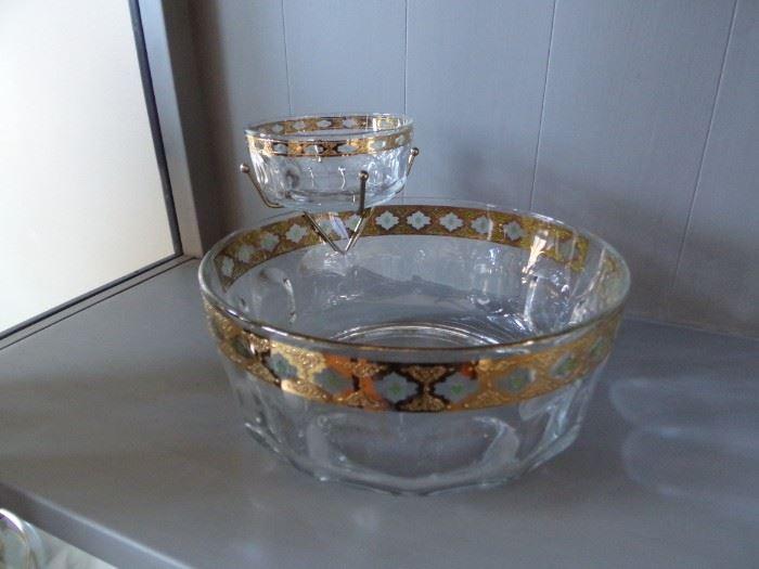 Vintage Arcoroc Chip n Dip Bowl Set