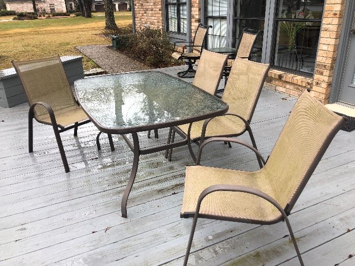 Patio furniture - table & 4 chairs - matching rockers & side table