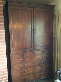 European Hutch with large drawers 2 pieces