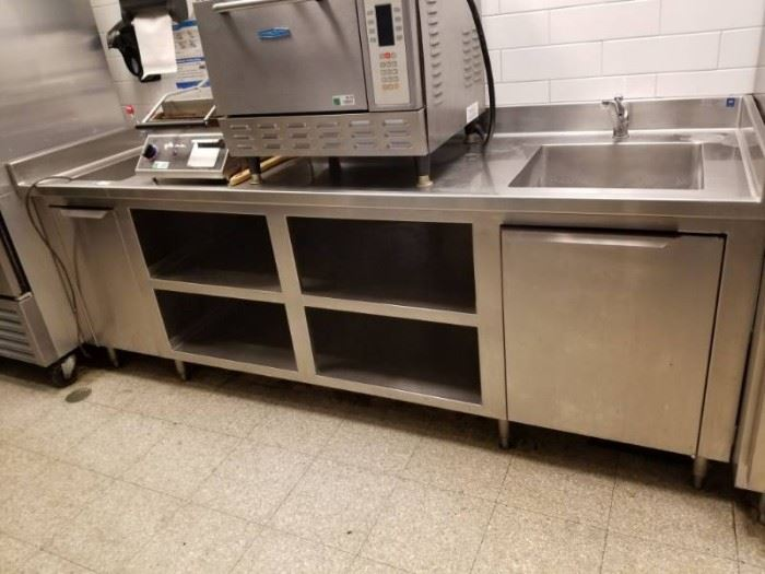Stainless Steel Table With 2 Sinks