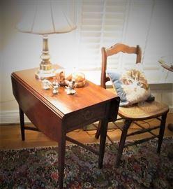 Drop Leaf Side Table