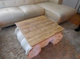 wood  top  coffee  table  26   x  27