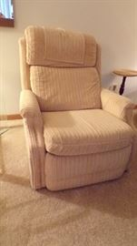 Nice Recliner, like new (we have another one like it)
