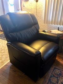 Leather recliner / lifting chair- 2 yrs old Raymore & Flanigan