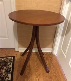 Round Mahogany Table