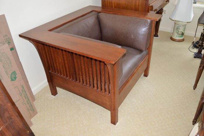 Stickley Cube Chair (side view)