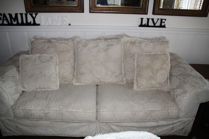 #2 Sofa