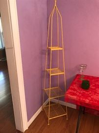Great pyramid yellow shelf