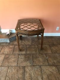 Glass top rattan/wicker end table