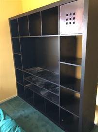 Good storage shelf or entertainment center