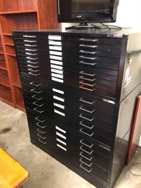 Drafting cabinet - SUPER COOL