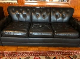 Vintage black leather sofa - Great condition!