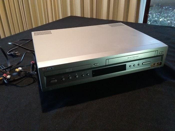 DVD VHS Player Recorder