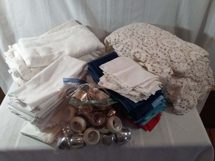 Nice Lot of Tablecloths, Napkins, and Rings