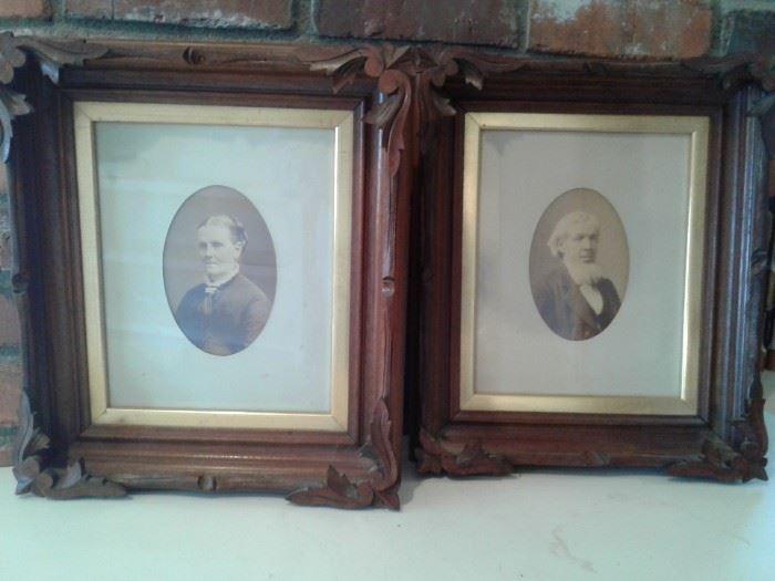 x2 Antique Vintage Picture Frames