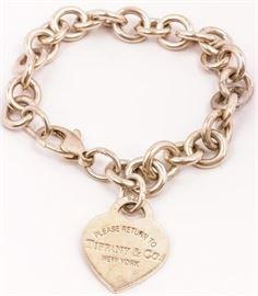 Lot 85 - Jewelry Sterling Silver Tiffany & Co Bracelet