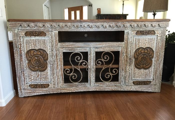 Long Hacienda Style Buffet - 7' x 4.5'