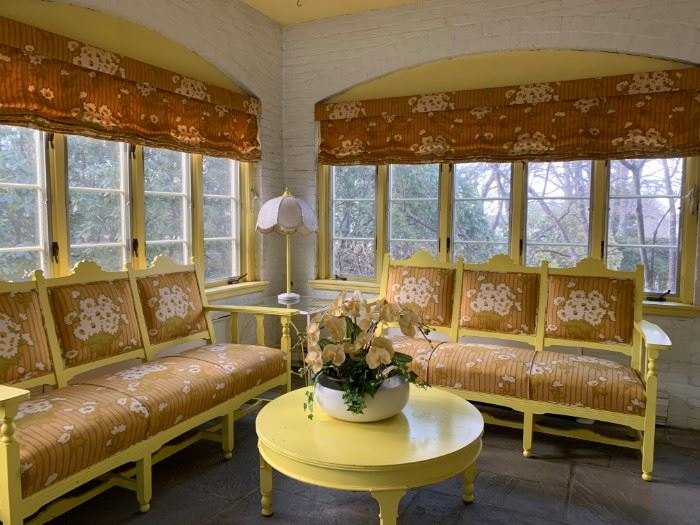 Vintage Patio...yellow, is it you I'm looking for?! #makeyourownsunshine