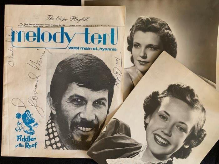 Leonard Nimoy, Autograph