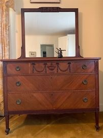 Mahogany Chest of Drawers with Mirror