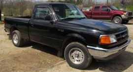 1994 Ford Ranger XLT Truck - Standard Shift