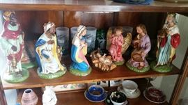 Large Nativity set from 1920s/30s, tea cups and saucers, souvenir glasses, figurine, pottery