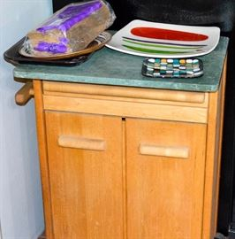 Cabinet cutting board portable