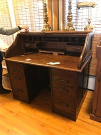 #10Roll-Top Desk wood   4ftx29.5x44 $175.00