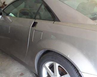 2004 Cadillac XLR hardtop convertible