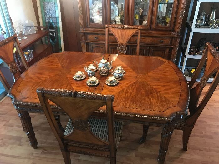 Fairmont Designs Table and Hutch