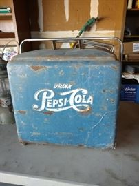 Vintage all original Pepsi cooler with interior rack.