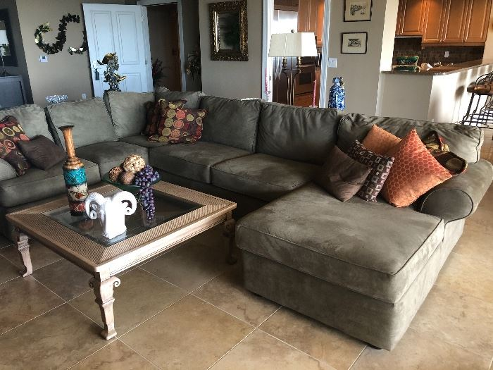 VERY NICE NEUTRAL LIKE NEW SECTIONAL BY KLAUSSNER HOME FURNISHINGS
