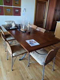 Charleston Forge Dining table w/ 6 leather chairs