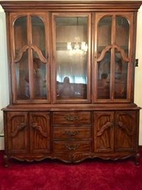 * Beautiful THOMASVILLE 2 PIECE China Cabinet / Hutch  The Dimensions are 60  Inches WIDE, 82 Inches TALL and 18 Inches DEEP.