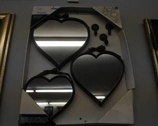 Set of 3 Heart Shaped Mirrors  in Original Packag ...