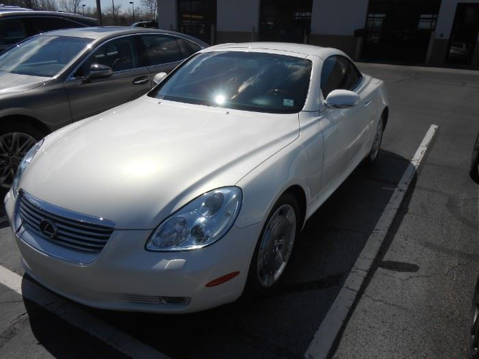 2003 Lexus; 42,000 miles; $23,500 Excellent +++ condition