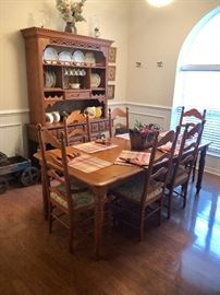 Country style dining room set