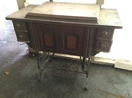 "Vintage ""Domestic"" Sewing Machine w/ Table https://ctbids.com/#!/description/share/115824"