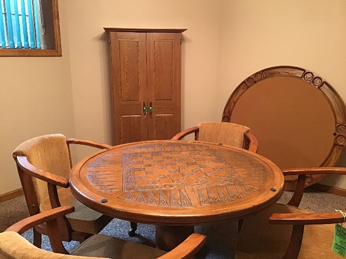 Beautiful game table with 2 tops, 4 padded chairs