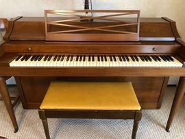 1964 Acrosonic, made by Baldwin. Bench included. Excellent condition.