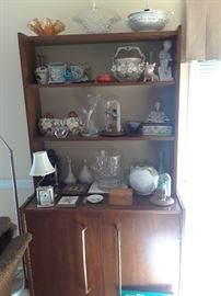 Mid-century cabinet and accessories including Japanese nodder