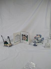 lot of 5 Christmas ornaments and figurines , one Dept 56 Lighthouse Snow Village ornament https://ctbids.com/#!/description/share/121959