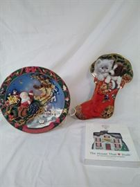 lot of 3 holiday collectibles , Franklin Mint , lighted Bradford Exchange Christmas plate https://ctbids.com/#!/description/share/121963