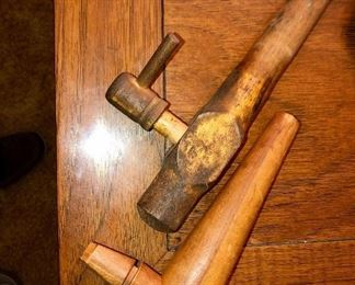 Old wooden barrel bung spigot valve