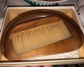 Crumb catcher and brush