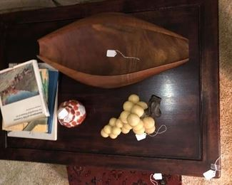 Wood banana bowl boat, marble grapes