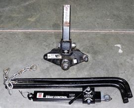 HITCH WITH SWAY BARS