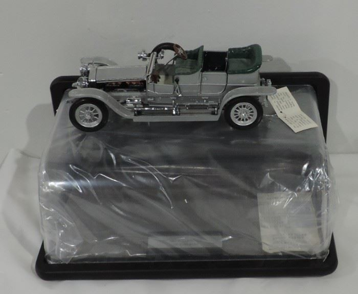 CAR MODEL WITH BOX